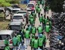 """Vụ """"cướp xác"""" hy hữu của hàng chục tài xế xe ôm ở Indonesia"""