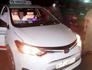 Hai đối tượng cứa cổ tài xế taxi cướp tài sản