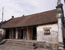 """Nhà cổ 200 năm làm từ gỗ lim ở Hưng Yên, chủ nhân chào bán 2 tỷ """"miễn mặc cả"""""""