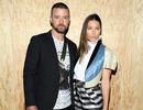 Justin Timberlake xin lỗi vợ vì lỡ… nắm tay bạn diễn gây tin đồn lùm xùm
