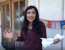 Nữ sinh tuổi 17 dành thời gian tổ chức sinh nhật cho trẻ vô gia cư