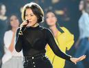 Thu Minh diện áo xuyên thấu tập luyện đêm chung kết Hoa hậu Hoàn vũ