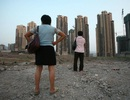"""Sụp đổ thị trường bất động sản - """"cơn ác mộng"""" tồi tệ nhất ở Bắc Kinh"""