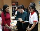 Chủ tịch Quốc hội thăm lớp học tiếng Việt tại thủ đô của Belarus