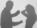 Chồng Singapore định đẩy người vợ Việt từ tầng 9 vì mâu thuẫn tiền bạc