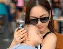 Diễn viên Lan Phương tiết lộ mẹo giúp trẻ không quấy khóc trên máy bay