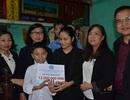 Hai chị em mồ côi giữa lòng Hà Nội được hỗ trợ 12 triệu đồng