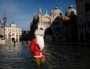 Chùm ảnh: Những ông già Noel ấn tượng nhất Giáng sinh 2019