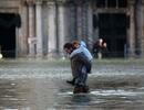 """Venice """"thất thủ"""" dịp Giáng sinh vì ngập nặng"""
