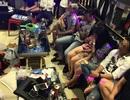 """Hàng chục thanh niên """"mở tiệc"""" ma tuý trong quán karaoke"""