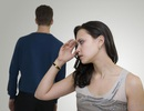 """Ly hôn nhưng nhà chồng vẫn coi là dâu trưởng, """"chuyện lạ đời"""" khiến dân mạng dậy sóng"""