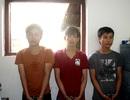 Ba thanh niên dùng dao khống chế cướp điện thoại và 40 nghìn đồng