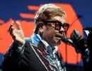 Danh ca Elton John khẳng định không bao giờ đánh mắng con nhỏ
