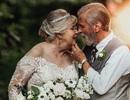 """Bộ ảnh kỷ niệm 60 năm gắn bó của cặp vợ chồng già sẽ khiến bạn """"tin vào tình yêu"""""""