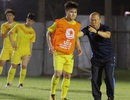 HLV Park Hang Seo gặp riêng Quang Hải trước trận gặp U23 Jordan