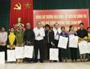 Phó Thủ tướng tặng quà Tết cho người dân 2 huyện miền núi