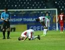Không thắng được U23 Việt Nam, cầu thủ U23 Jordan đổ gục xuống sân