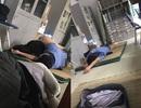 """Tạm đình chỉ 15 ngày với bác sỹ bị tố """"ôm nữ sinh viên ngủ trong ca trực"""""""