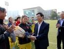 Bộ trưởng Nguyễn Ngọc Thiện chúc Tết tuyển nữ Việt Nam
