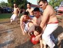 Hà Nội: Trai làng Thúy Lĩnh vật lộn tranh cướp quả cầu son 18kg