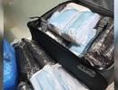 """Du lịch đúng dịp """"bão dịch"""", nữ du khách bỏ lại hành lý, """"ôm"""" gần 6000 khẩu trang về nước"""