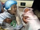 Đau đớn bé trai 4 tháng tuổi khát sữa ngóng chờ mẹ thoi thóp nơi bệnh viện
