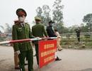 Lực lượng chức năng thực hiện phong tỏa, cách ly tại tâm dịch Sơn Lôi