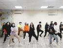 """Bài hát """"Đánh giặc corona"""" đang là trào lưu, học sinh Hà Nội chế điệu nhảy"""