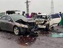 2 sư thầy va chạm với xe chở một gia đình, 6 người nhập viện