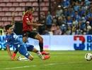 Đặng Văn Lâm lại dự bị trong ngày Muangthong United thắng trận
