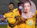 Cầu thủ Phan Văn Đức tặng bàn thắng cho vợ và con theo cách đặc biệt