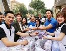 Tuổi trẻ Hà Nội tặng khẩu trang, nhu yếu phẩm cho người dân cách ly