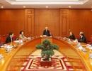 Bộ Chính trị kêu gọi toàn quốc đoàn kết một lòng trong cuộc chiến Covid-19