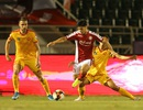 Các đội bóng V-League bắt đầu giảm lương, thắt chặt chi tiêu