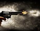 Cầm dao đuổi chém người khác, nam thanh niên bị bắn tử vong