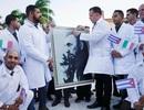 """Cuba lần đầu cử """"đội quân áo trắng"""" giúp Italia chống dịch Covid-19"""