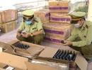 Bắt giữ hàng ngàn bao thuốc lá, dung dịch diệt khuẩn lậu