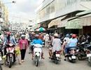 Chợ vẫn đông, nhiều người dân còn chủ quan với Covid-19