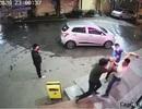 Nam thanh niên đánh nhân viên bệnh viện vì bị nhắc đeo khẩu trang