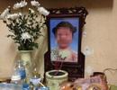 Khởi tố vụ án bé gái 3 tuổi tử vong nghi do mẹ, bố dượng bạo hành