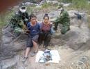 Bộ đội biên phòng tóm gọn cặp vợ chồng buôn ma túy mang theo súng