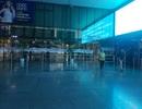 Lạ lẫm cảnh sân bay Tân Sơn Nhất vắng chưa từng thấy