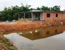 """Người dân xây nhà trái phép trên đất thủy sản được chính quyền """"tiếp tay""""?"""