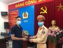Hà Nội: Nhặt được ví tiền, Trung úy CSGT liền trả lại cho người đánh rơi