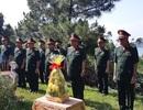Đoàn công tác Bộ Quốc phòng dâng hương Đại tướng Võ Nguyên Giáp