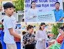 Hồ Ngọc Hà, con trai Subeo trao nước sạch cho miền Tây sau giãn cách xã hội