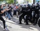 """""""Loạn"""" thuyết âm mưu, hàng chục nghìn người Đức biểu tình bất chấp Covid-19"""