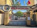 Mở cổng trường giờ nghỉ trưa để học sinh không bán trú đi học sớm được vào