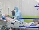 Phi công người Anh nhiễm Covid-19 bị suy giảm miễn dịch kéo dài