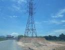 """Quảng Bình: Chỉ đạo kiểm tra hệ thống điện lưới bị """"moi"""" đất sát chân cột"""